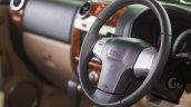 Isuzu MU-7 AT steering press shot