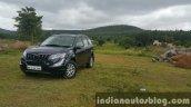 2015 Mahindra XUV500 (facelift) front quarter (2) review