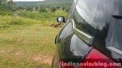 2015 Mahindra XUV500 (facelift) sculpted shoulder review