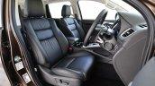 2016 Mitsubishi Pajero Sport front cabin unveiled