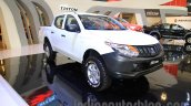 Mitsubishi Triton HD-X front three quarter Gaikindo Indonesia International Auto Show 2015 (GIIAS 2015)