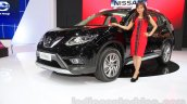 Nissan X-Trail front three quarter at the Indonesia International Motor Show 2015