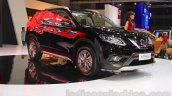 Nissan X-Trail front three quarter left at the Indonesia International Motor Show 2015