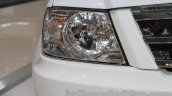 Tata Xenon XT 2.2 headlamp at the 2015 Gaikindo Indonesia International Auto Show