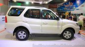 2015 Tata Safari Storme facelift side (1) at the 2015 Nepal Auto Show