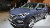 2016 Hyundai Santa Fe front three quarter at the IAA 2015