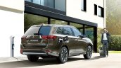 2016 Mitsubishi Outlander PHEV rear three quarter debut in Frankfurt