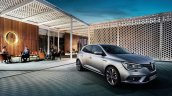 2016 Renault Megane front three quarter unveiled