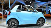 2016 Smart fortwo Cabrio side view at IAA 2015