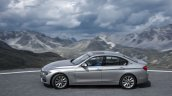 BMW 330e PHEV side unveiled