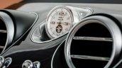 Bentley Bentayga clock press shots