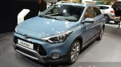 Hyundai i20 Active front three quarter at the IAA 2015