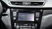 Nissan Navara NP300 centre console at IAA 2015