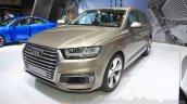 2016 Audi Q7 e-tron front quarters at the 2015 Tokyo Motor Show