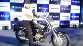 2016 Bajaj Avenger 220 Cruise launched side live image