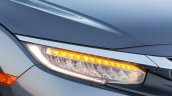 2016 Honda CIvic grey head light