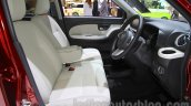 Daihatsu Cast Style front cabin at the 2015 Tokyo Motor Show