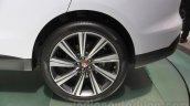 Jaguar F-Pace wheel at the 2015 Tokyo Motor Show