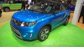 Suzuki Escudo front quarter at the 2015 Tokyo Motor Show