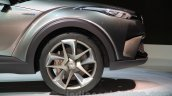 Toyota C-HR concept wheel at the 2015 Tokyo Motor Show