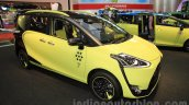 Toyota Sienta Cross front three quarter at the 2015 Tokyo Motor Show