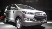2016 Toyota Innova front quarter right world premiere photos