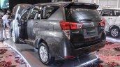 2016 Toyota Innova grey D-pillar world premiere photos
