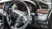 2016 Toyota Innova steering wheel trim world premiere photos