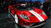 2017 Ford GT front quarter at the 2015 Dubai Motor Show