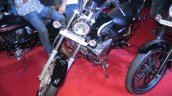 Bajaj Avenger 220 Cruise front at APS 2015