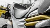 Mahindra Mojo black twin gold tubes review