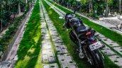 Mahindra Mojo grassland rear review