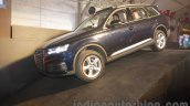 2016 Audi Q7 front three quarter launched in India