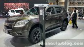 Chevrolet Trailblazer Urban package showcased front three quarter at the 2015 Thailand Auto Expo