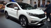 Honda CR-V facelift front three quarters 1 at 2015 Frankfurt Motor Show