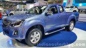 Isuzu D-Max front three quarter at Thai Motor Expo 2015