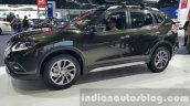 Nissan X-Trail front three quarters at 2015 Thai Motor Expo