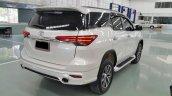 Toyota Fortuner Fiar FD-2LS (Luxury Sport) bodykit white rear quarter Thailand