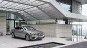 2016 Mercedes E-Class E 400 4MATIC front three quarters parked selenit grey magno