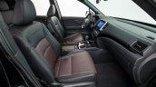 2017 Honda Ridgeline black front seats second image