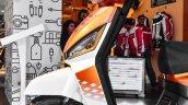 Mahindra Gusto 125 turn indicators alloy wheels at Auto Expo 2016