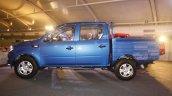 Mahindra Imperio blue side double cab