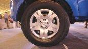 Mahindra Imperio wheel cover