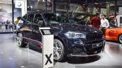 BMW X5 xDrive30d M Sport front three quarter at the Auto Expo 2016