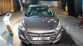 Hyundai i30 front view at 2016 Auto Expo