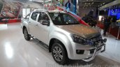Isuzu D-Max V-Cross front three quarter right at Auto Expo 2016