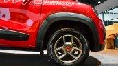 Renault Kwid custom alloy wheel at Auto Expo 2016