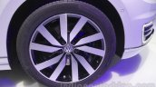 VW Passat GTE wheel at 2016 Auto Expo