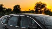 Honda Drive To Discover 6 Honda CR-V chrome window line