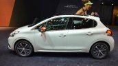 Peugeot 208 Roland Garros side
